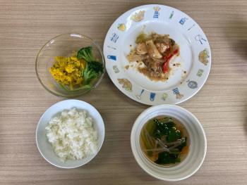 組合わせレシピ(鶏むねのピリ辛ごまみそ炒め、かんたん野菜スープ、かぼちゃのマッシュサラダ